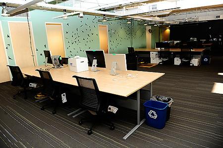 Twitter Office 6